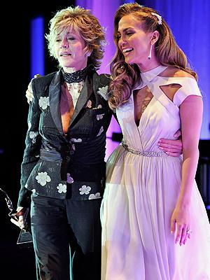 Jennifer López, Jane Fonda