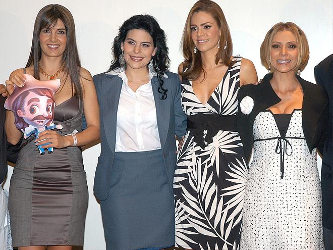 Mayrín Villanueva, Luz Elena González, Mary Boquitas, Daniela Castro