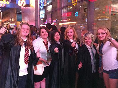 Fanáticos de Harry Potter en el estreno neoyorquino de la nueva película