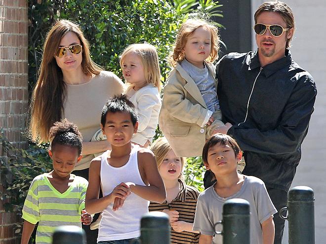 Angelina Jolie, Brad Pitt, Shiloh, Maddox, Pax, Momentos en familia