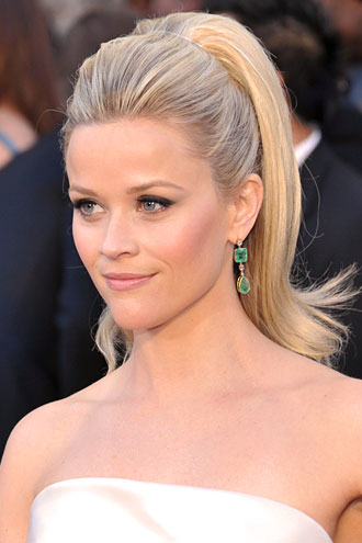 REESE WITHERSPOON, Mejores peinados 2011