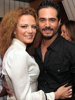 Silvia Navarro, José Ron