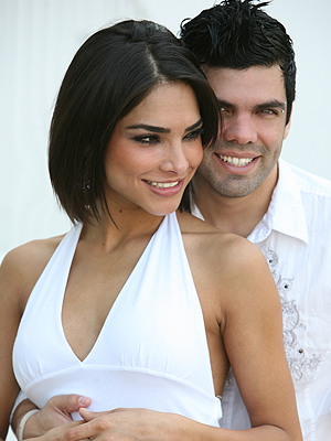 Alejandra Espinoza y Anibal Marrero