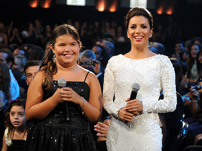 Madison de la Garza, Eva Longoria, ALMA Awards 2011