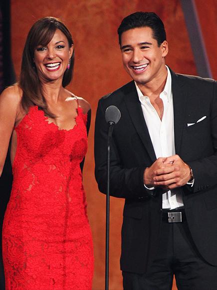 Mario López, Eva La Rue, ALMA AWards 2011, Show