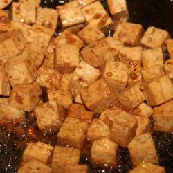 Tofu con jengibre y ajo