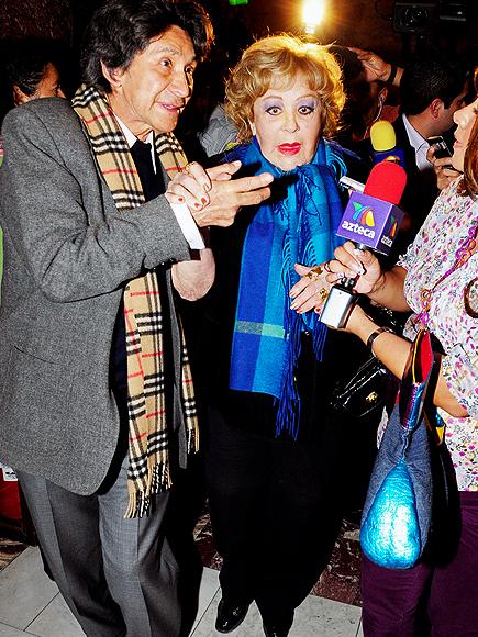 Silvia Pinal, Javier MArc