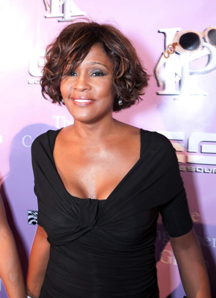 Whitney Houston, famosos que fallecieron en el 2012