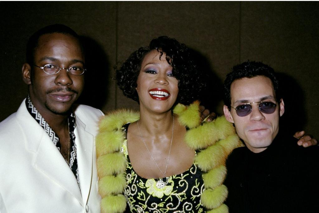 Bobbi Brown, Whitney Houston y Marc Anthony