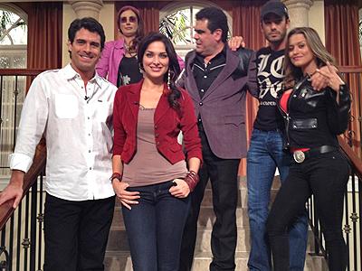 Blanca Soto, Aarón Díaz, Famosos en Twitter