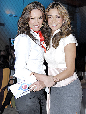 Jacqueline Bracamontes y Paty Manterola