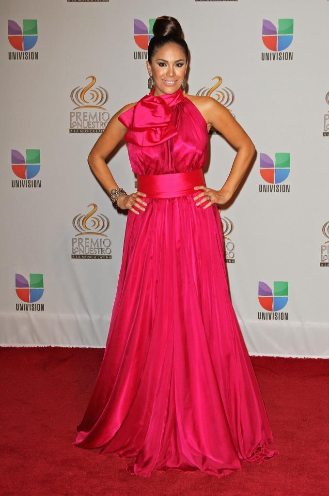 Karla Martínez, Premio Lo Nuetsro 2012