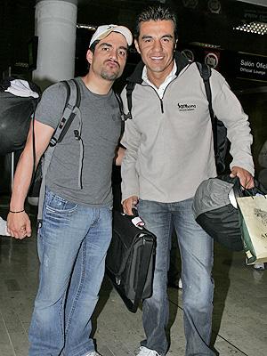 Omar Chaparro y Adrian Uribe