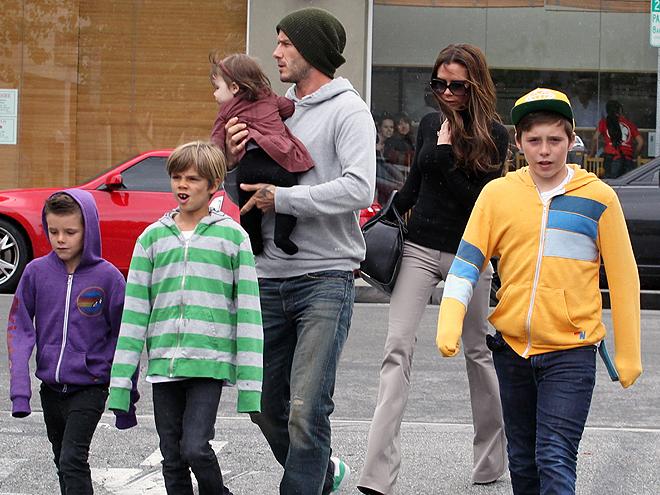 David Beckham, Victoria Beckham, Cruz, Brooklyn, Romeo, Harper