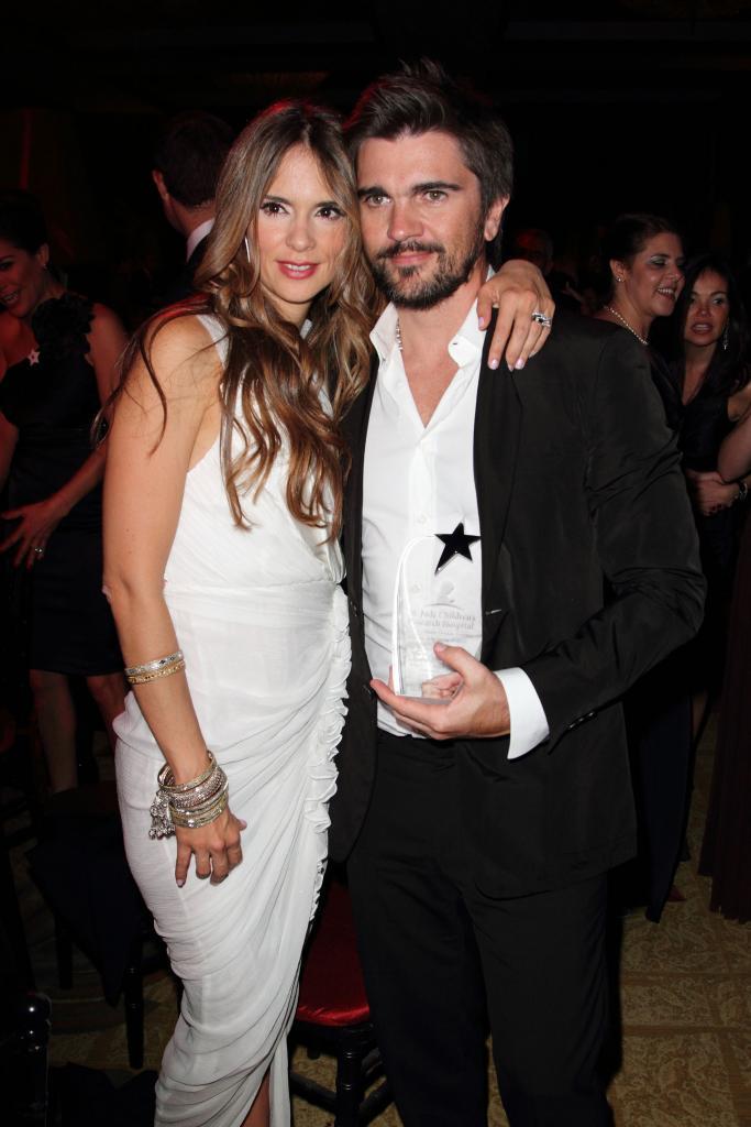 Juanes, Karen Martinez
