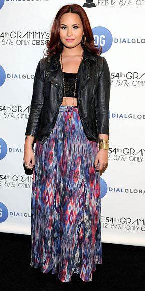 DEMI LOVATO, Cropped Tops, Tendencia