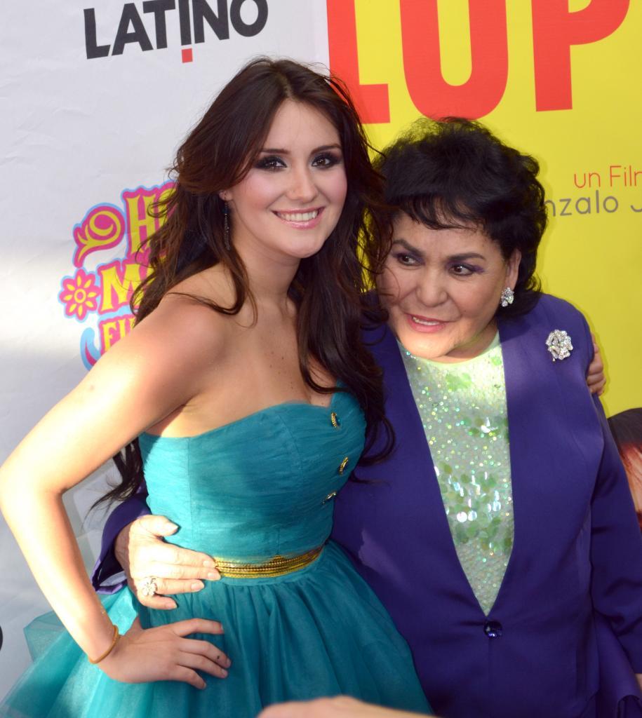 Dulce María y Carmen Salinas
