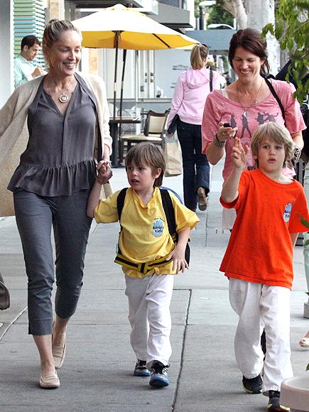Sharon Stone, Galería adoptados