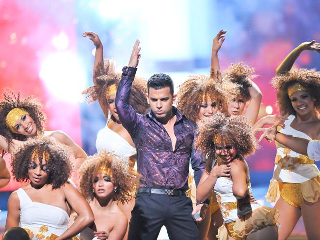 ARISTA URBANO, Premios Juventud