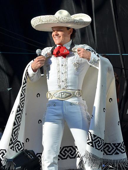 Pedro Fernández, Miralos