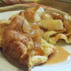Hot cakes inflados con manzana