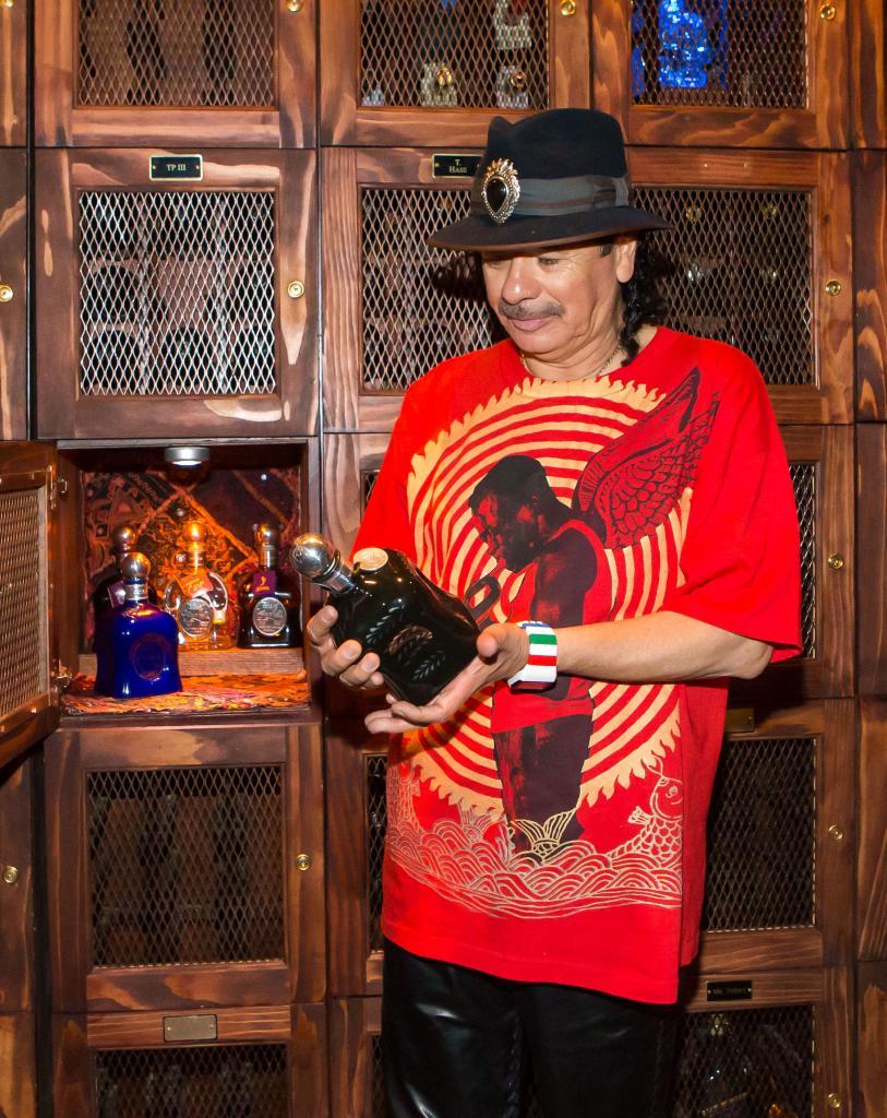 Carlos Santana, Miralos