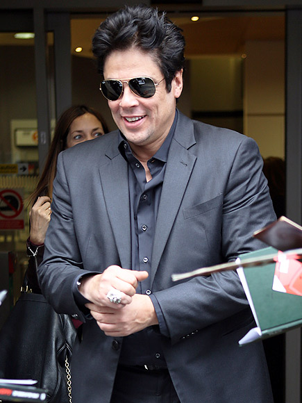 Benicio Del Toro, Miralos