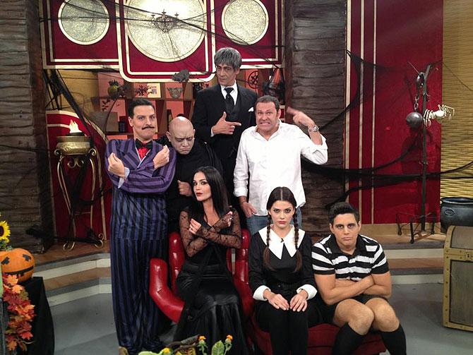 Despierta América, Karla Martínez, Johnny Lozada, Raúl González, Alejandro Chabán, Halloween
