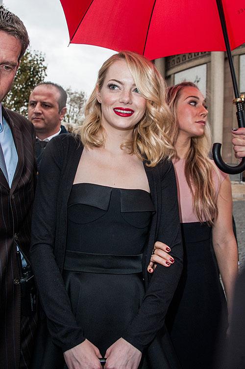 Celebridades en la Semana de la Moda de París, Emma Stone