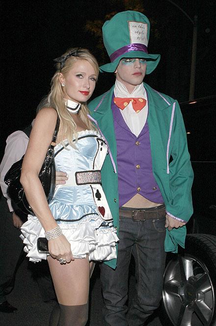 Paris Hilton, River Viiperi, Halloween