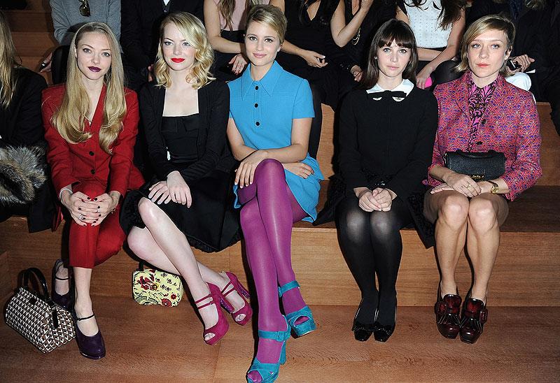 Celebridades en la Semana de la Moda en París, Amanda Seyfried, Emma Stone, Dianna Agron, Felicity Jones Y Chloe Sevigny