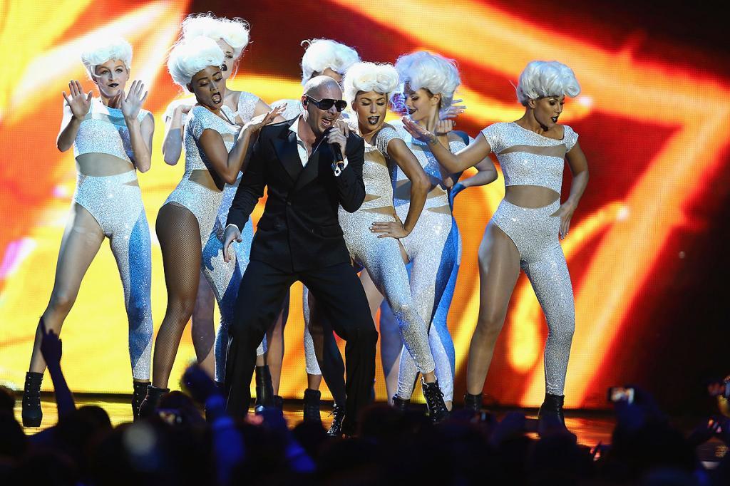 Pitbull, MTV EMA 2010