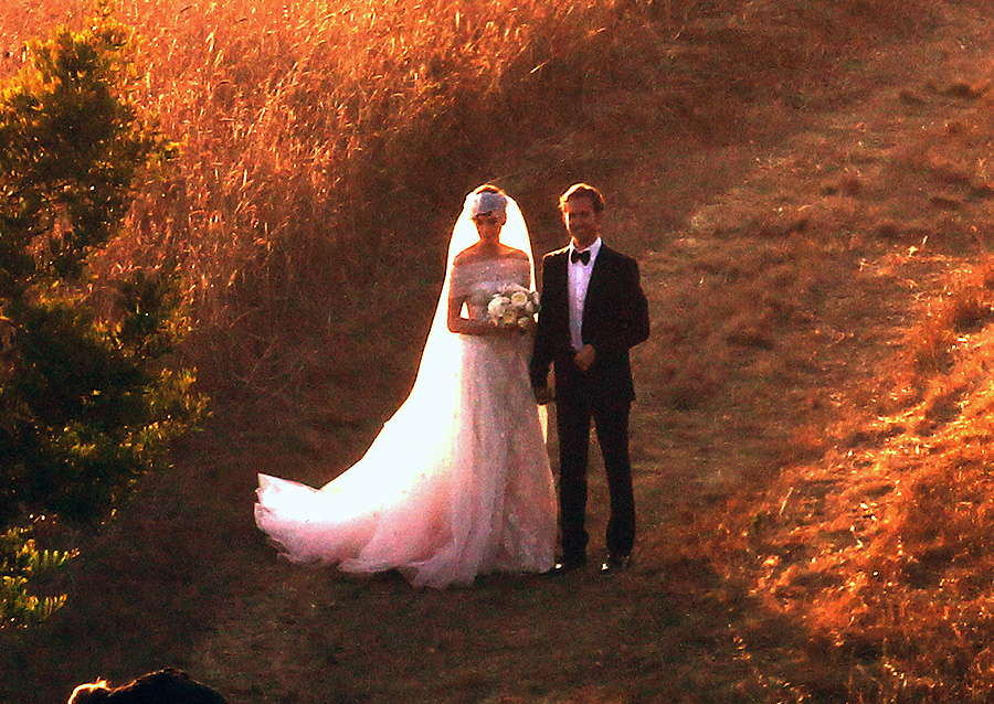 Anne Hathaway y Adam Shulman, bodas de famosos 2012