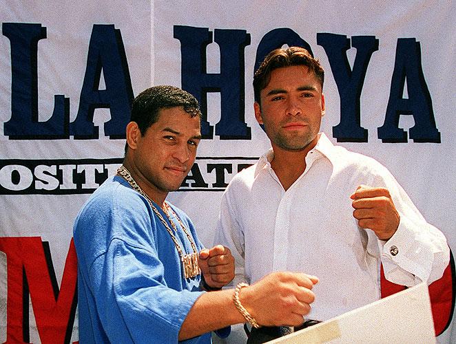 Héctor 'Macho' Camacho, Oscar de la Hoya