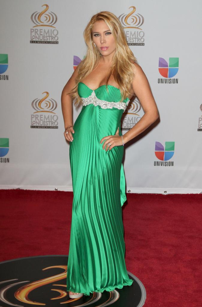 Jimena Gallego, Premio Lo Nuestro 2012