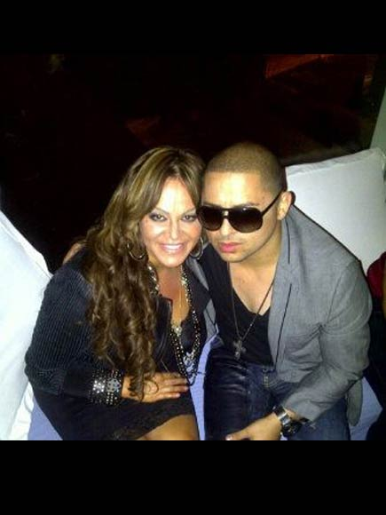 Jenni Rivera, Larry Hernández