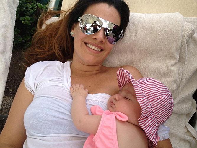 Luz Elena González, María José, Bebés