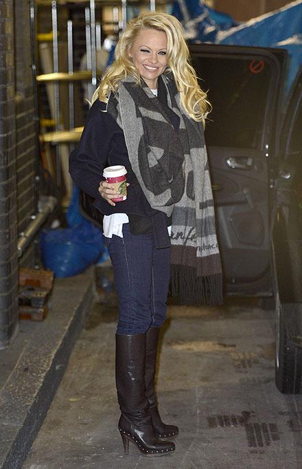 Pamela Anderson, El look del día