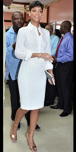 Rihanna, El look del día