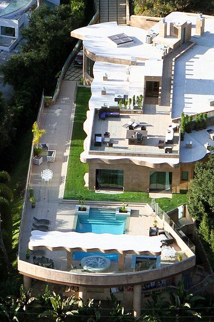Rihanna, mansión, 12 millones, Pacific Palisades