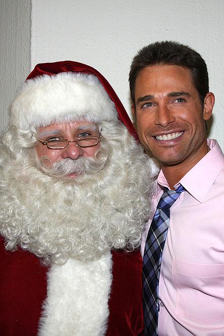 Sebastián Rulli, Santa Claus, Navidad
