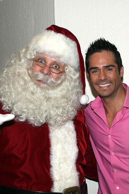 José Ron, Santa Claus, Navidad