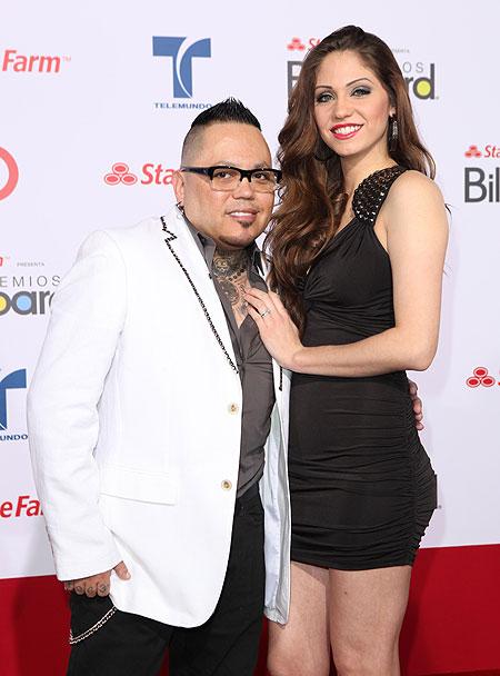 A.B. Quintanilla, Rikkie Robertson, divorcia