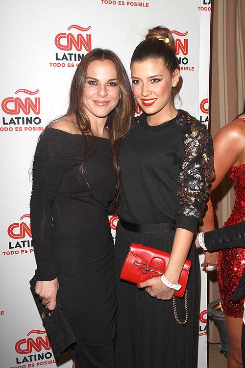 Kate del Castillo, Michelle Salas, Míralos