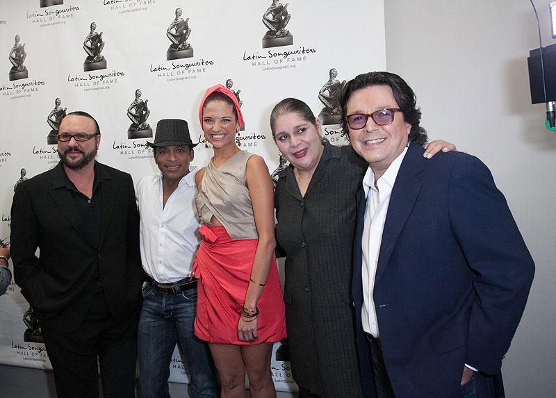 Natalia Jiménez, Jon Secada, Desmond Child, Rudy Pérez, Míralos
