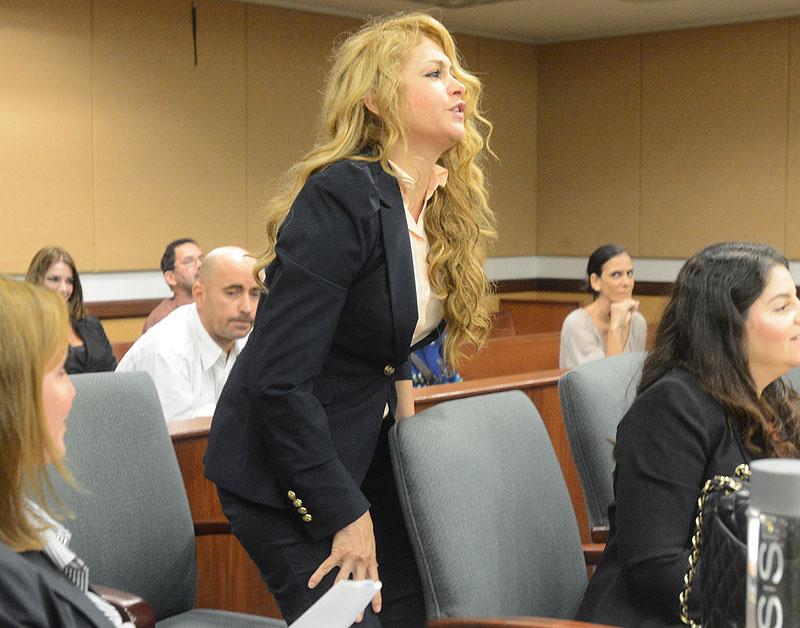 Paulina Rubio, Míralos