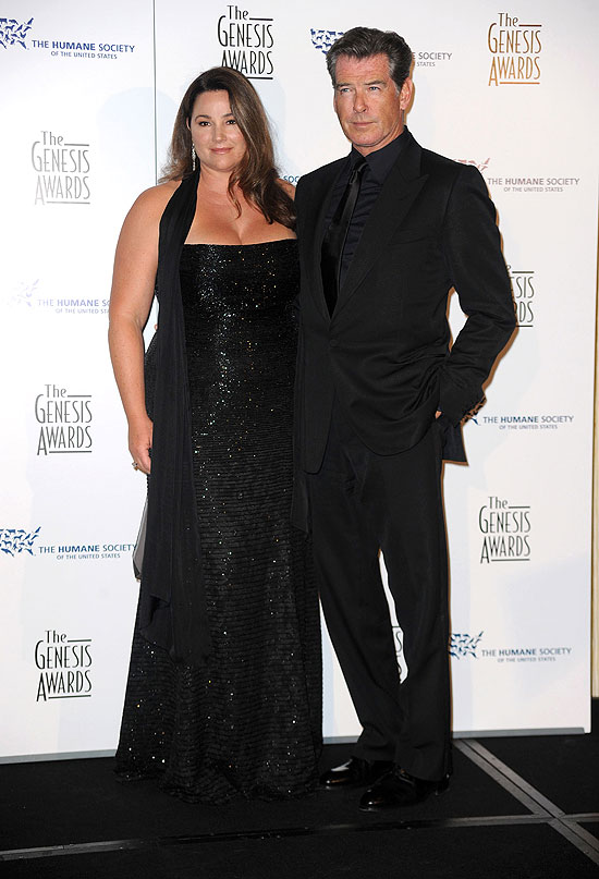 Pierce Brosnan, Keely Shaye Smith, parejas duraderas