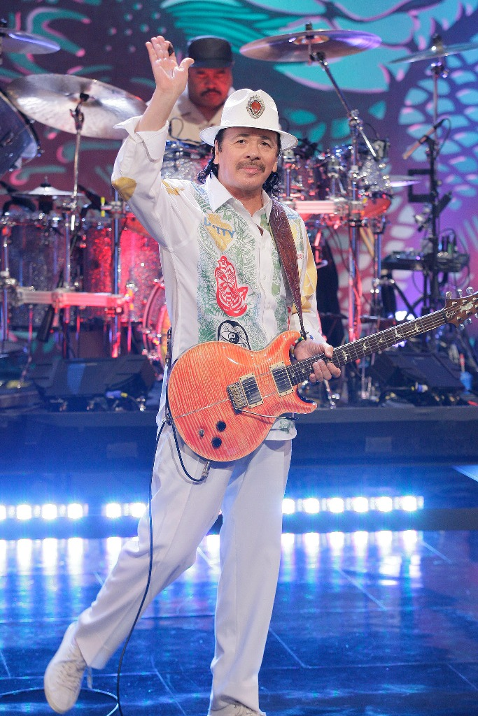 Carlos Santana, Naturalizados