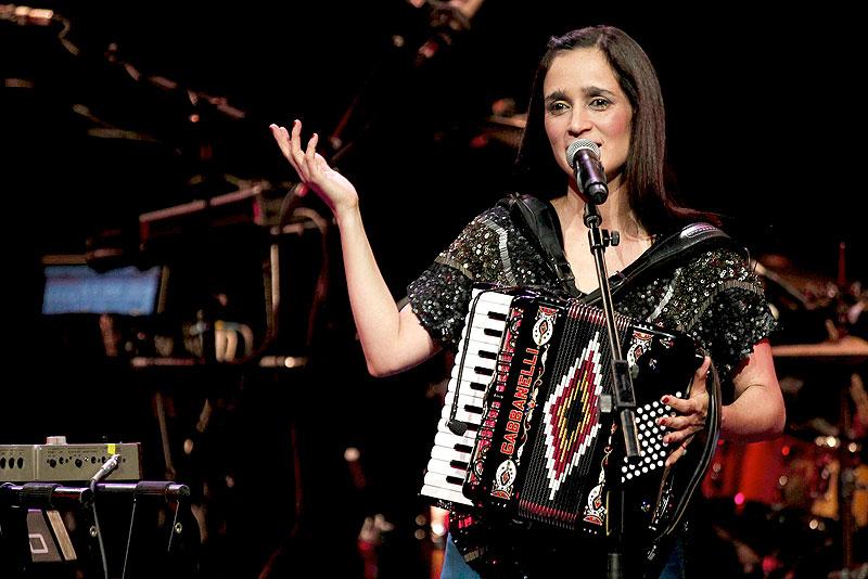 Julieta Venegas, Míralos