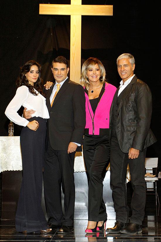 Paola Núñez, Mauricio Islas, Margarita Gralia, Javier Gómez, Míralos